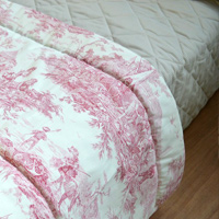 D' Ennery manufactures quilted goods and decoration for hotels, palaces , fashion , luxury and home textiles